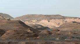 NASA's Curiosity Rover Weighs a Mountain on Mars