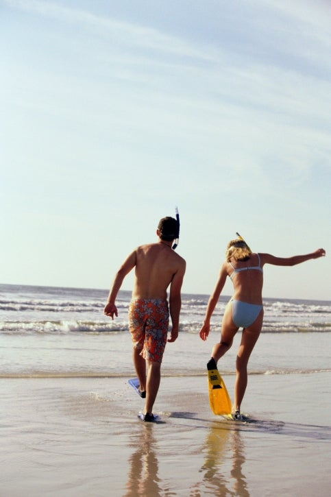 Sunscreen Floods Oceans as Warmer Waters Boost Tourism