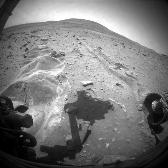 Spirit rover budges forward, but not by much
