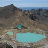 EMERALD LAKES, TONGARIRO, NEW ZEALAND
