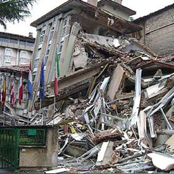 """Scientists Worry Over """"Bizarre"""" Trial on Earthquake Prediction"""