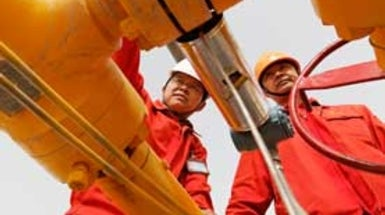 China Slow to Start Fracking for Natural Gas in Shale