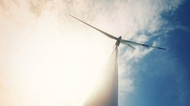 Flow Battery Could Smooth Irregular Wind and Solar Energy Supply