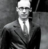 1925: