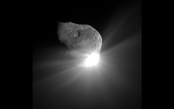 "Astronomers Spot Potential ""Interstellar"" Asteroid Orbiting Backward around the Sun"