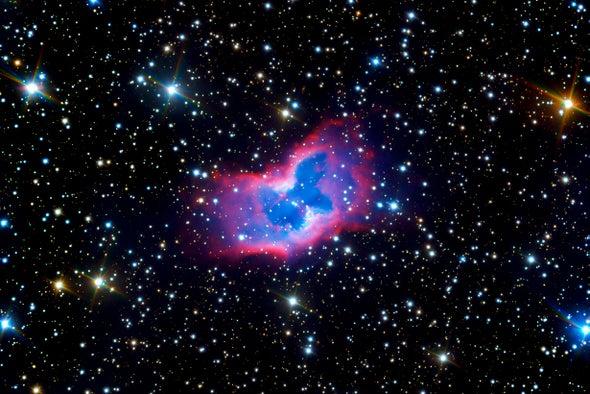 Unrivaled View of Brilliant 'Planetary Nebula' NGC 2899