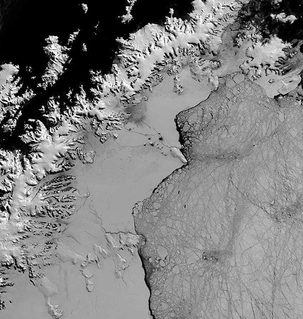 Massive Antarctic Ice Shelf Faces Imminent Risk of Collapse