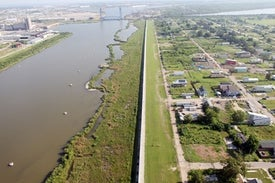 After a $14-Billion Upgrade,New Orleans' Levees Are Sinking