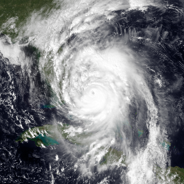 Hurricane Matthew Forces Closure of Kennedy Space Center
