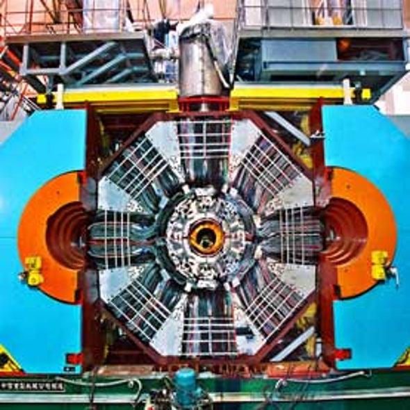 Particle Containing 4 Quarks Is Confirmed for First Time