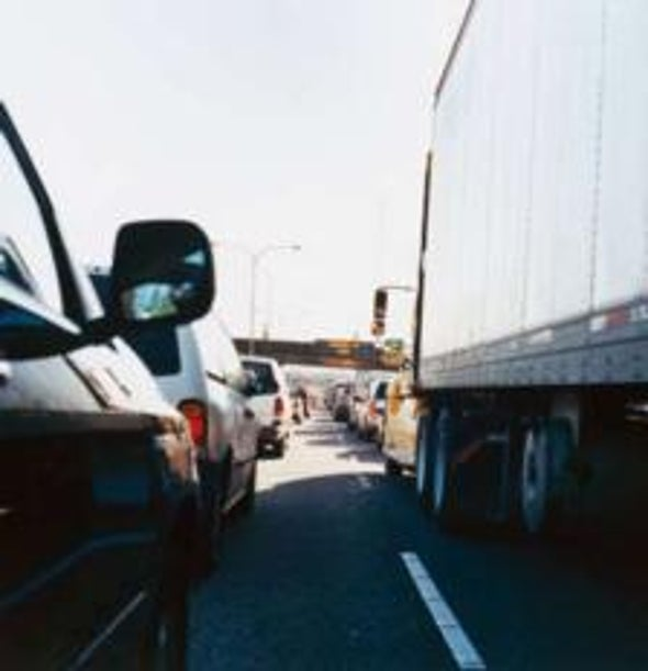 Predictive Modeling Warns Drivers One Hour before Jams Occur
