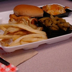 Childhood Obesity Best Battled in Schools, Research Finds
