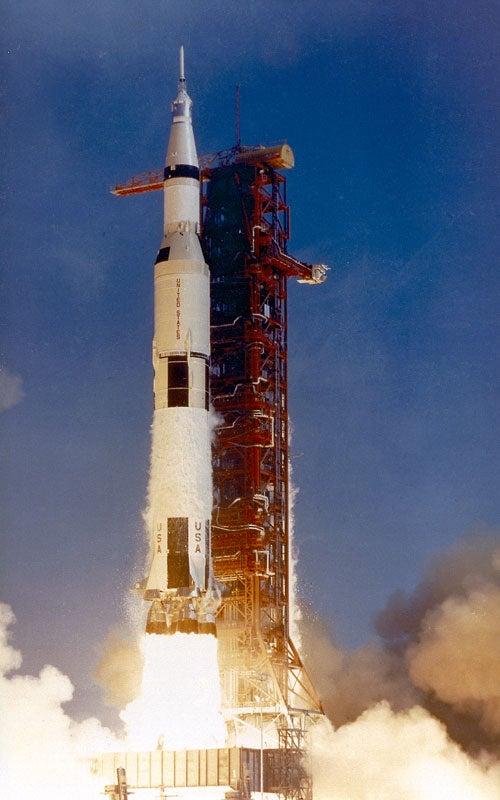 mission apollo spacecraft - photo #2