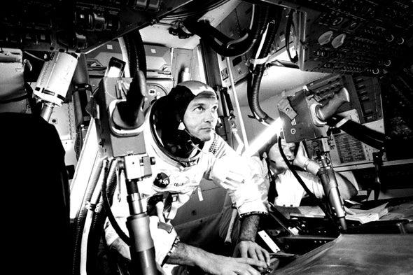 Michael Collins, Apollo 11 Astronaut Who Orbited Moon, Dies at 90