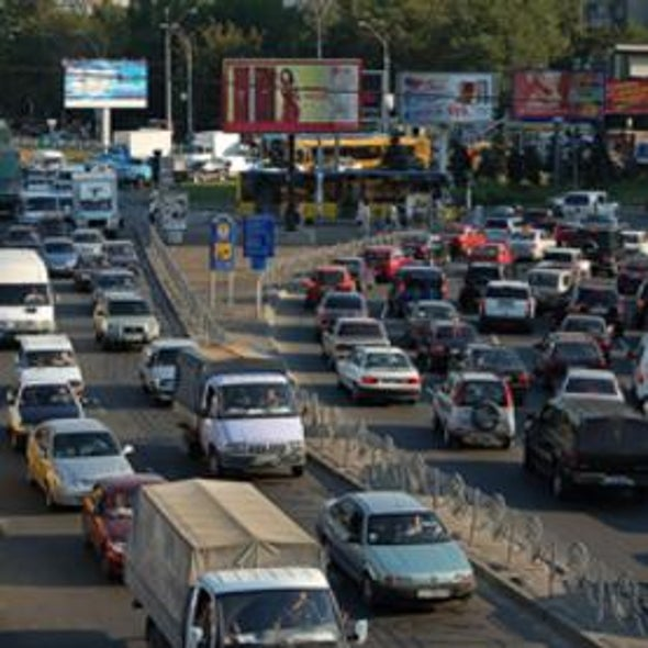 Fuel Economy Standards Necessary But Not Sufficient to Cut Oil Demand