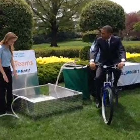 Obama Praises Future Scientists at White House Science Fair
