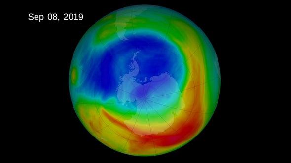 """Shrinking Ozone Hole, Climate Change Are Causing Atmospheric """"Tug-of-War"""""""