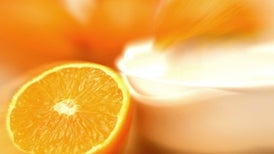 Vitamin C Injections Ease Ovarian Cancer Treatments