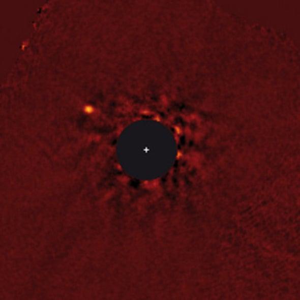 """Super-Jupiter"" Discovery Dwarfs Solar System's Largest Planet"