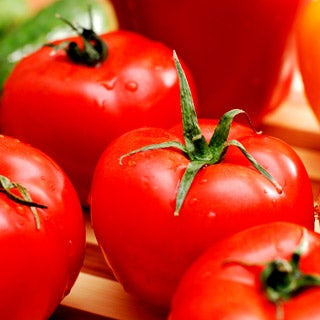 News Bytes of the Week--Tomatoes get thumbs-up; but peppers still hot