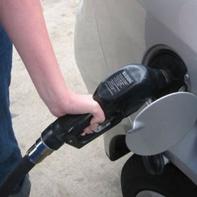 gas pump low-carbon fuel standard california
