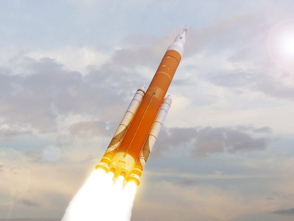Trump Adviser Urges NASA to Fly Crew on Crucial Test Flight