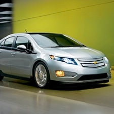 Electric Carmakers Focus on Incentives, Not Carbon Prices