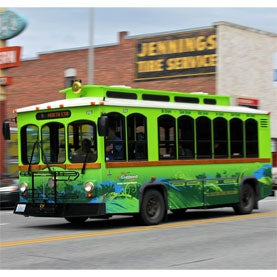 A Tale of 2 Transit Systems: Battery-Powered Buses Enter the Mainstream