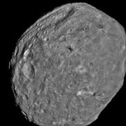 NASA Spacecraft Shows Giant Asteroid Vesta Like Never Before