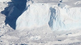 Antarctic Quest Seeks to Predict the Fate of a Linchpin Glacier