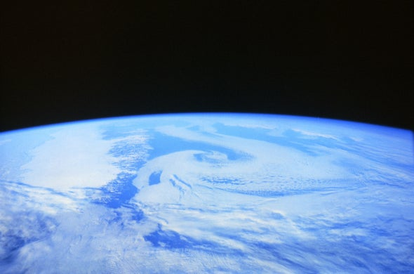 Astronaut Moviemakers Share Their Views of a Beautiful Planet