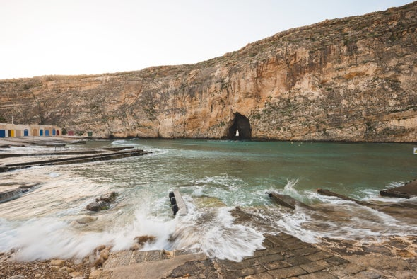A Megaflood-Powered Mile-High Waterfall Refilled the Mediterranean [Video]