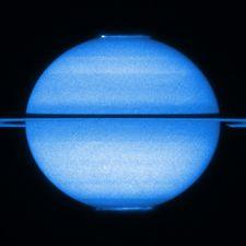 Saturnian UV aurorae