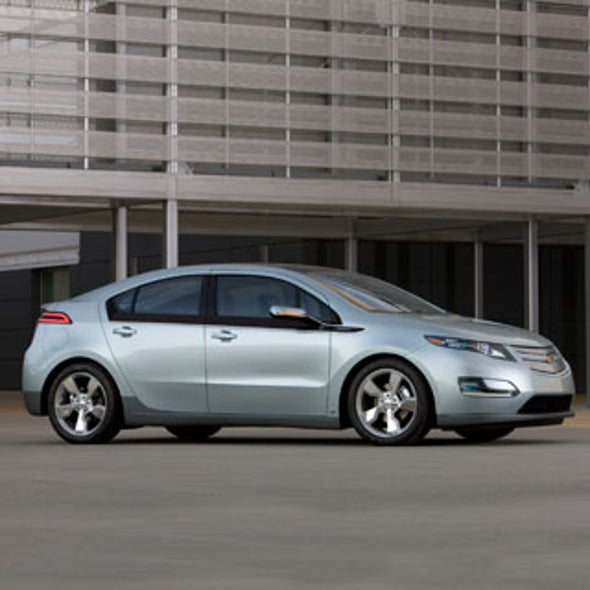 GM Plugs Its Chevy Volt Hybrid, but Will It Be Road-Ready In Time?