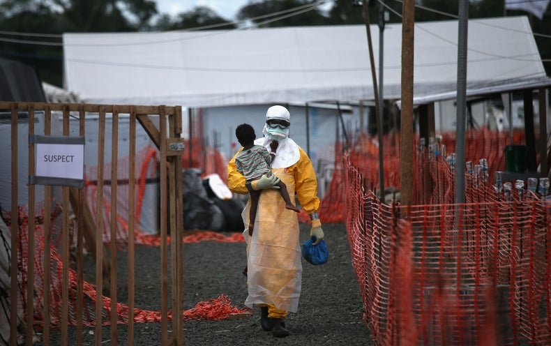 Ebola adapted to target humans during 2014 outbreak, study finds