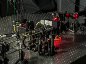 "Compressive sensing apparatus used to ""sidestep"" the uncertainty principle"