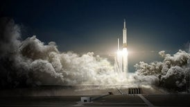 SpaceX to Fly Humans around the Moon as Soon as 2018