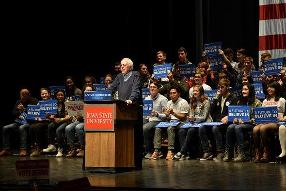 Climate Visions Clash in Iowa Caucuses