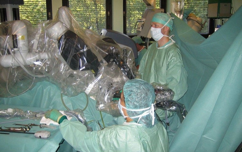 New Surgical Robots May Get a Boost in Operating Rooms