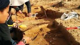 Clues to How <em>Homo sapiens</em> Conquered Earth Emerge from Digs in South Africa [Slide Show]