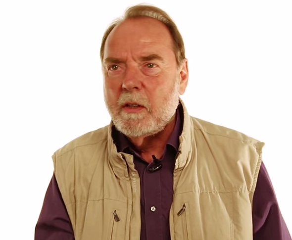 Paleoanthropologist Ian Tattersall Talks about What Makes Humans Special [Video]