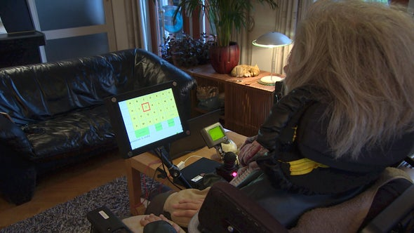 "Wireless Brain Implant Allows ""Locked-In"" Woman to Communicate"
