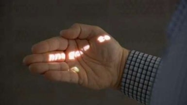 Mobile Projector Turns Everyday Objects into Display Screens