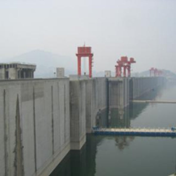 Damming the Yangtze: Are a Few Big Hydropower Projects Better Than a Lot of Small Ones?