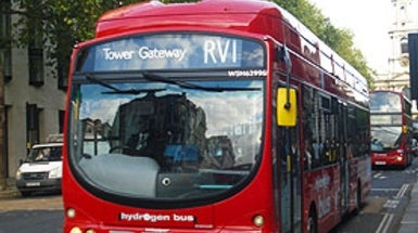 Hydrogen Buses Struggle with Expense