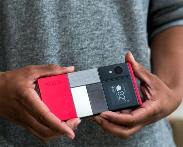 LEGO-Like Smartphones Slowly Snapping into Place
