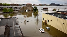 "Today's Floods Occur along ""a Very Different"" Mississippi River"