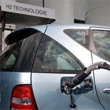 Germany Floats New Plans to Keep Hydrogen-Powered Cars in the World's Transportation Mix