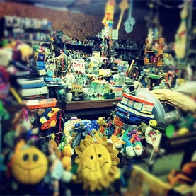 Live Chat on Compulsive Hoarding--Tuesday, February 26 at 4 P.M. EST [Transcript]