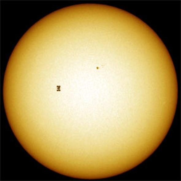Spy-High: Amateur Astronomers Scour the Sky for Government Secrets